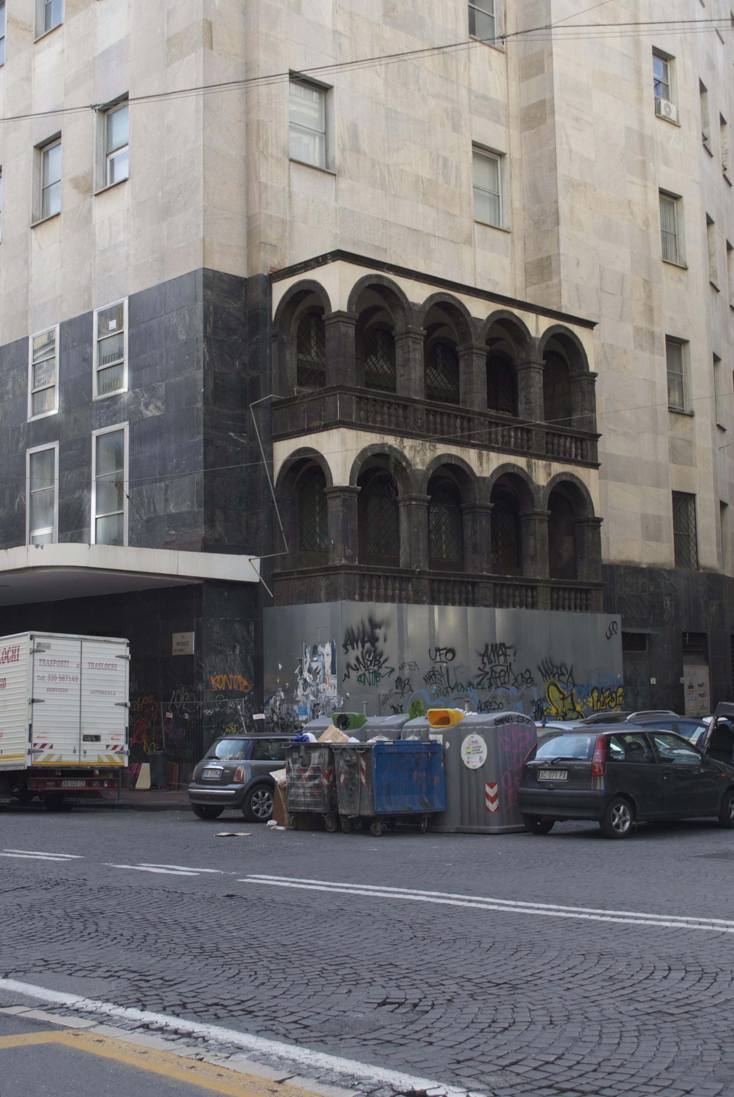 Rüchseite des Postgebäudes