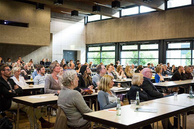 """Vortrag aus der Reihe """"Architectural Tuesday"""" mit Wolfgang Meisenheimer am 16.06.2015 im Karl-Schüßler-Saal der FH Köln, """"Der Leib als kommunikatives Element"""""""