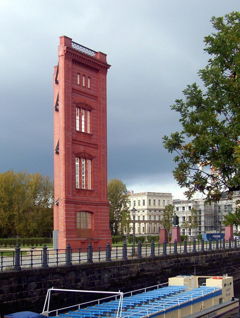 Bild der rekonstruierten Ecke der Bauakademie in Berlin Mitte
