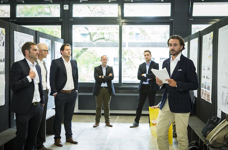 Prof. Jochen Siegmund und Prof. Fabian Storch zusammen mit Vertretern von Netto Marken-Discount