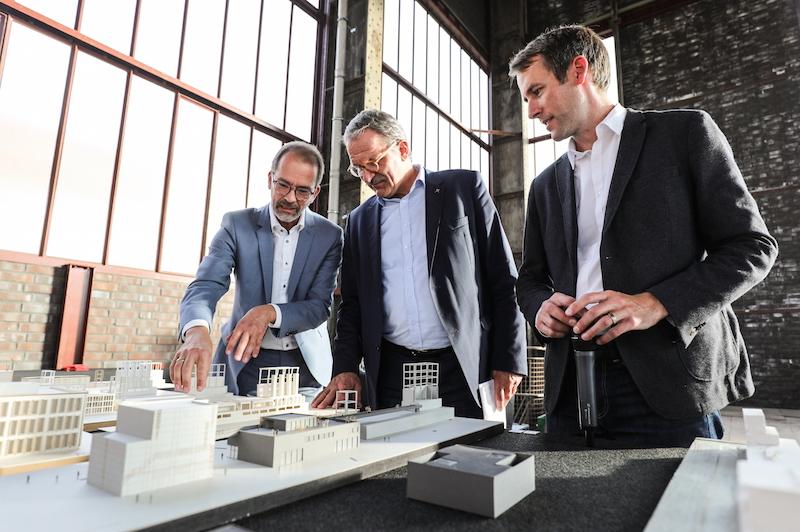 """Ausstellung """"Backstein, Beton & Businesspläne"""" der Mastervertiefung Denkmalpflege und Planen im Bestand auf Zeche Zollverein in Essen"""