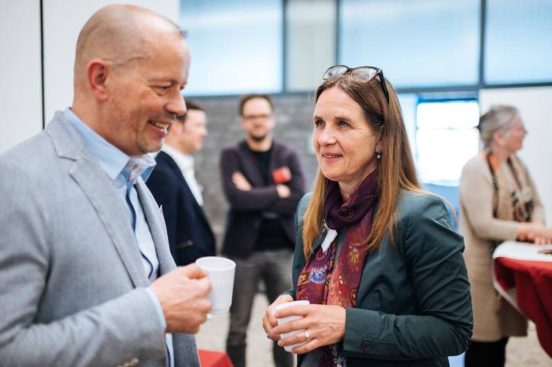 Michael Doering (HPP Architekten) und Prof. Eva-Maria Pape (Leitung Forschungsprojekt Theaterspielstätten, Fakultät für Architektur, TH Köln)